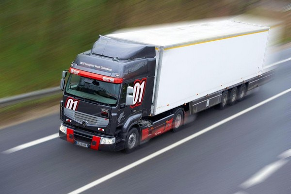 "Renault Premium Long Distance ""Truck Racing"""